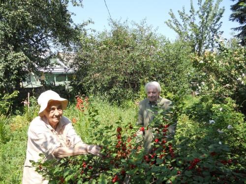 М.А.Салтыков и А.М.Казанская на даче в Коломне. 2010